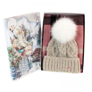 Oatmeal hat and scarf set