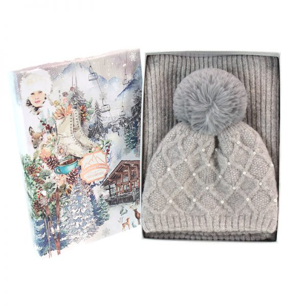 Grey hat and scarf pack