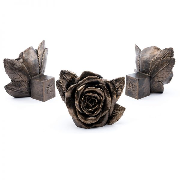 Jardinopia Potty Feet Roses